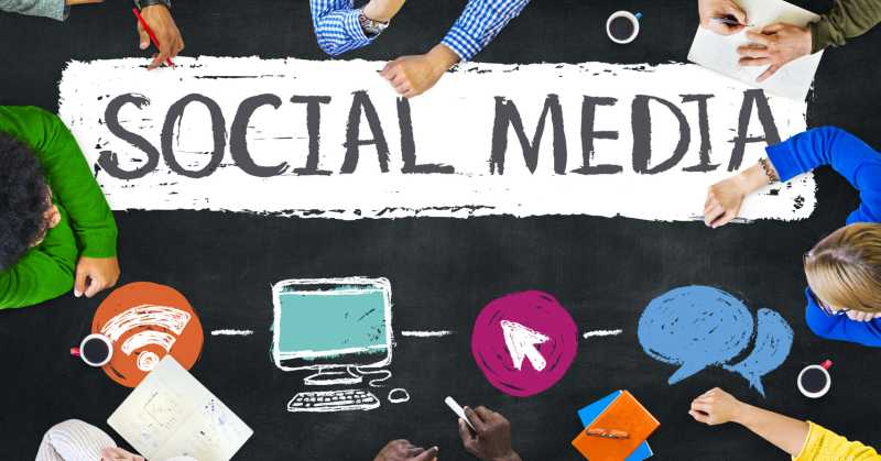 social-media-help-desk